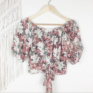 Love J • Floral Print Toe Front Crop Top